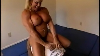 Weiblicher Bodybuilder Anal Hd